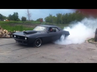 '69 Chevy Camaro SS Burnout